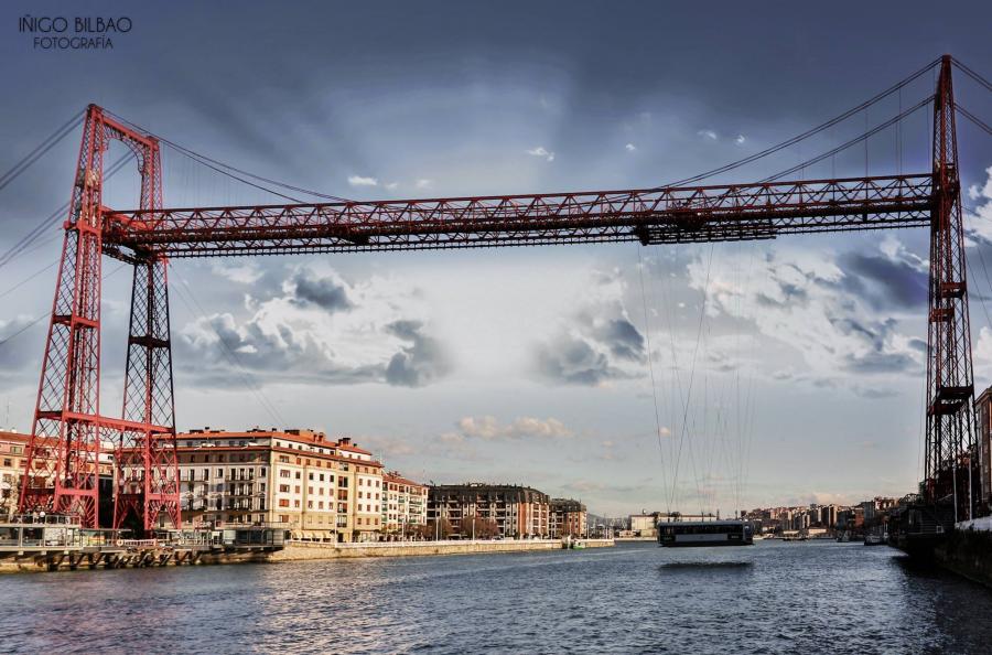 Puente Colgante Hotel Gran Bilbao Transfer
